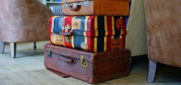 If You Plan to Work Abroad, You Must Read These Four Tips! with http://www.redappleapartments.com