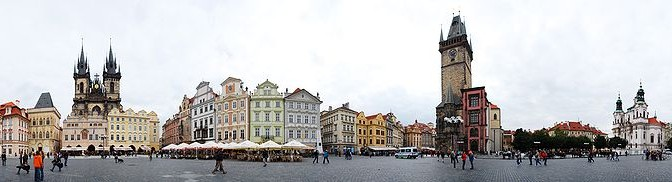 Old_Town_Square,_Prague