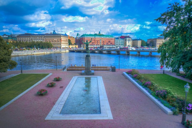 The Sounds of Summer in Stockholm with http://www.redappleapartments.com