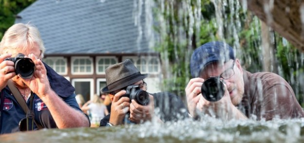 How To Take Incredible Photos of Your Journey with http://www.redappleapartments.com